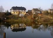 Teich am Dorfeingang